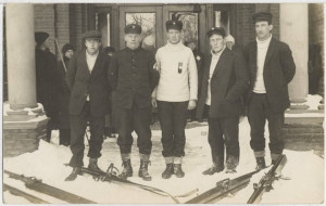 Ski jumpers at the January 15, 1913 tournament. Anders Haugen is wearing a white sweater with a medal. St. Olaf College Archives.