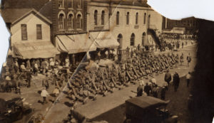 military_parade_in_northfield_minnesota