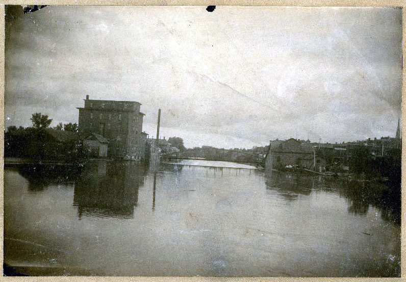 Cannon River and mills